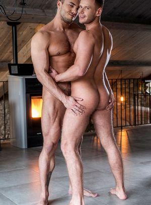 Brock Magnus and Guillaume Wayne fucks Yuri Orlov