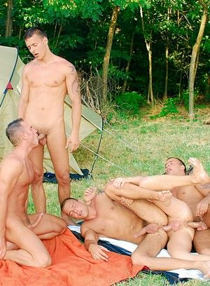 Jason Visconti, Jimmy Visconti, Joey Visconti and Giuseppe Pard fuck each other