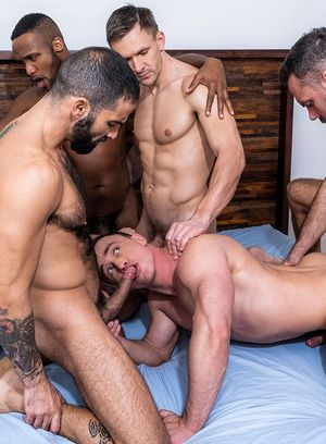 Alexander Volkov, Riley Mitchel, Rafael Carreras, Manuel Skye, Andre Donovan, Edji Da Silva and Andrey Vic suck and fuck
