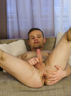 Lukas Chlad plays with his tight ass