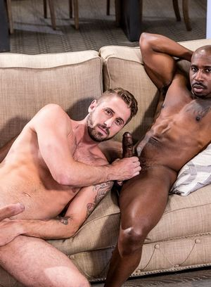 Max Konnor fucks Wesley Woods