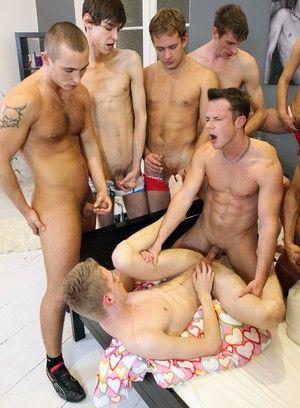 Gay Groupsex Fuckathon