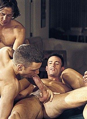 Trace Henson, Tristan Paris, Luc Jarrett and Robert Black fuck each other