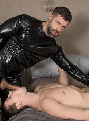 Jack Hunter gets hard bondage fuck by Tristan Jaxx