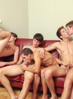 Yann Talonn, Thomas Sunny, Patrick Jackson, Adrian Polow, Kevin Pure and Brandon Pav fucking bareback