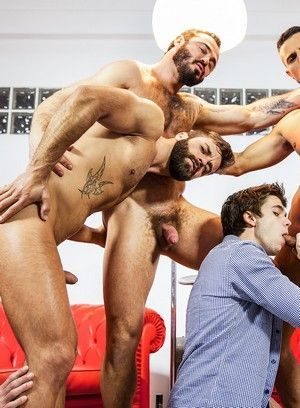 Hunky gays enjoy hard anal humping