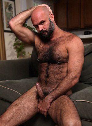 Marco Rios shows off his body