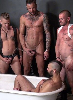 Hot Gay Groupsex Orgy