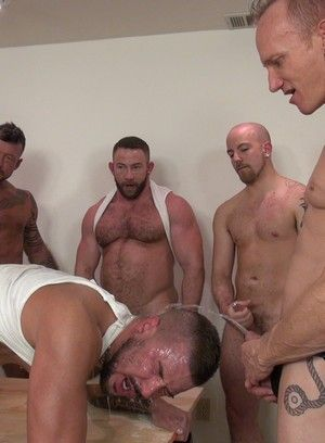 Horny Gay Groupsex