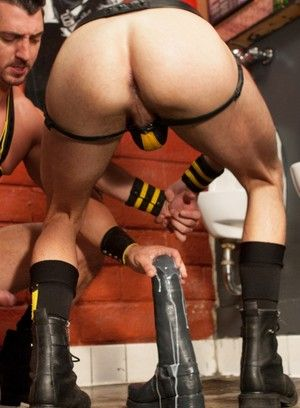 Jimmy Durano and Byron Saint fucking bareback