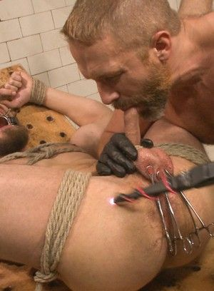 Dirk Caber brutally beats and fucks Dale Cooper