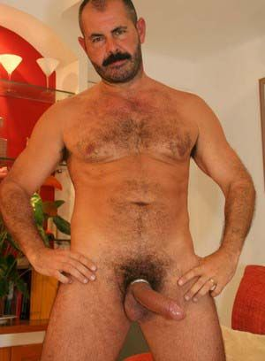 Rodrigo Toro rubs his meat
