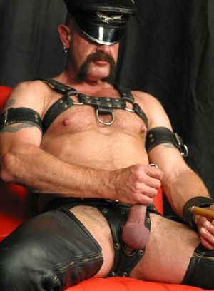 Tom Wolfe, Daddies, leather, Solo