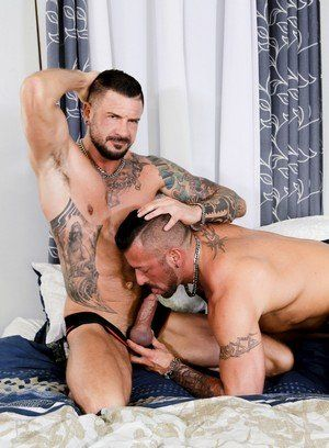 Hugh Hunter gets banged by Dolf Dietrich