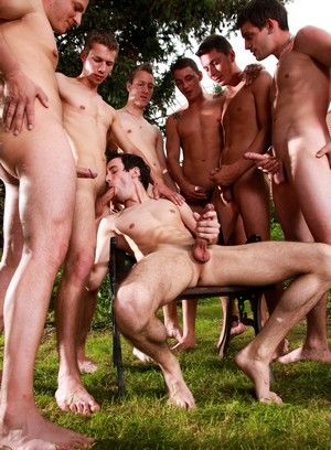 Enzo Bloom, Nick Gill, Luke Taylor, Nick Daniels and Gery Rake suck and fuck