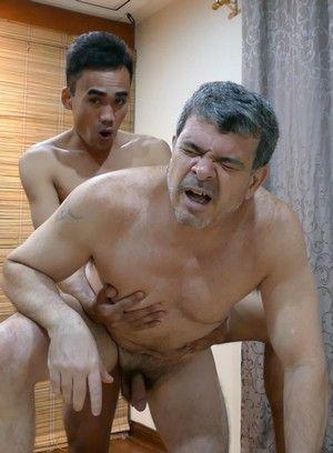 JR fucks Daddy Mike
