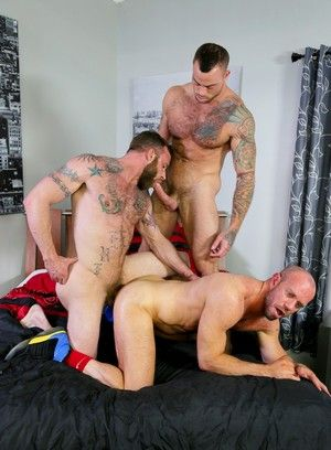 Sean Duran, Matt Stevens, Derek Parker, Beefy, Hairy, Massage, Tattoo, Piercing, Threesome
