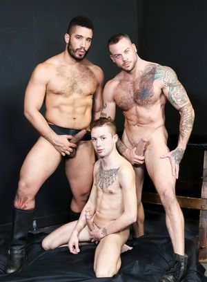 Trey Turner, Sean Duran and Sean Christopher fuck each other