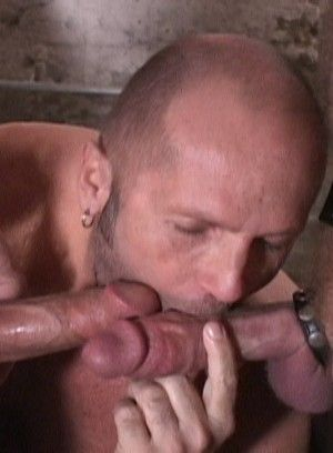 Marcelo Masko Takes Piss and Cock