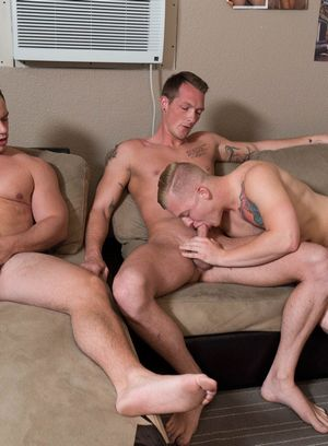 Jackson Cooper, Tobias and Leo Luckett fuck like crazy
