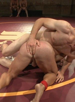Jonah Marx and Logan Vaughn fuck each other