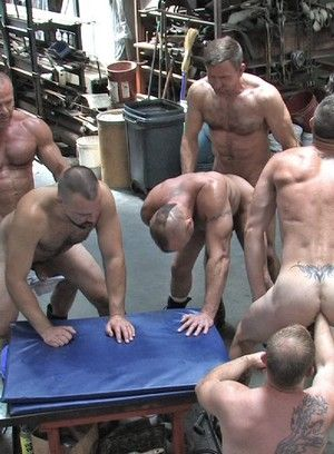 Sporty hunky lads fucked ass to mouth and DPed