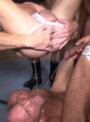 Kamrun, Matt Sizemore and Hogan Wade fucks Mason Garet