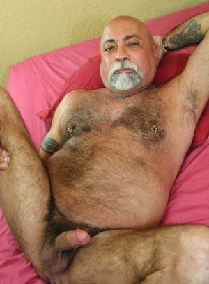 bear daddies fat hairy mature solo
