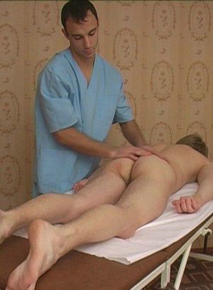 Shy twink amateur cream in the hands of skilled masseurs