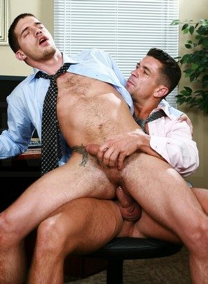 Trenton Ducati gets fucked hard by Ty Roderick