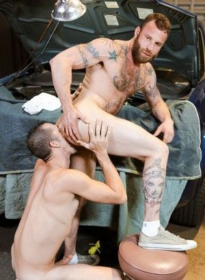 Derek Parker gets fucked hard by Jimmy Slater