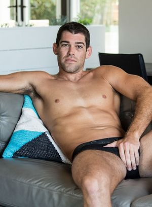 Trevor Bigg shows off his hot body