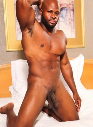 black men climax darian jerking off masturbation muscle men solo