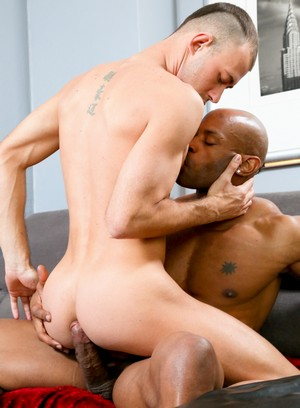 Marlone Starr and Brandon Jones fuck each other