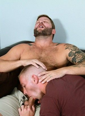 Colby Jansen gets his ass stretched by Scott Riley