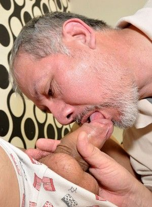 Gay daddy bangs a young twink