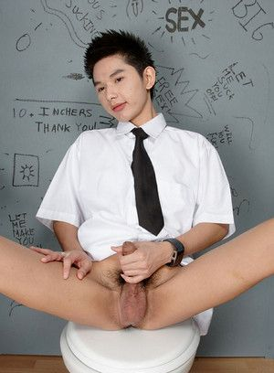 asian glory hole twink