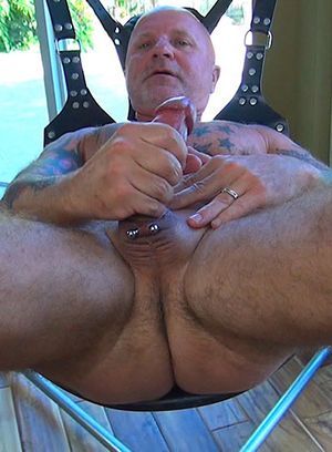 Scott Snow strokes his big cock