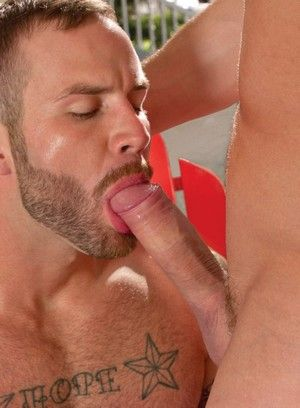 Chris Bines and Nikko Russo fucking bareback
