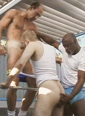 Brandon Ironne, Jim Maynard and Kent Warwick fucking bareback