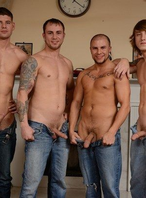 Connor Halstead, Eli Hunter, Jared Summers and Tom Faulk fuck each other