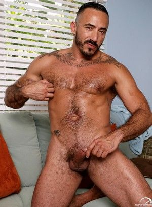 alessio romero facial hair latin men pornstar softcore solo