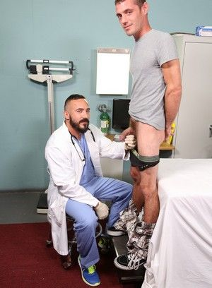 Alessio Romero, Brett Bradley, Beefy, Big Dick, Hairy, Latino, Mature, Reality, Doctor