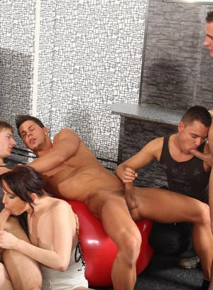 Hot babes gets fucked by bisexual hunks