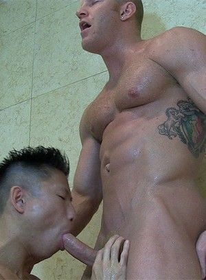 Jessie Lee fucks Johnny V