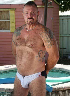 Joe Boxer shows off his body