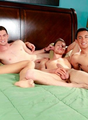 Scott Bridgeton, Tyler King, Zander Williams and Jake Tyler fuck each other