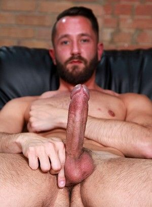 bearded british pornstar sam wallis solo