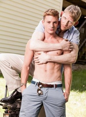 Rob Yaeger and Brent Corrigan suck and fuck each other