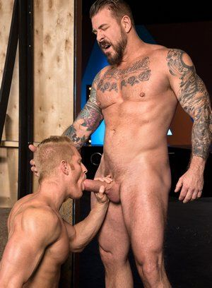 Johnny V gets fucked by Rocco Steele